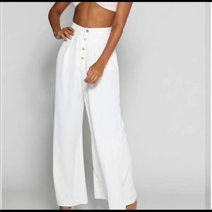 BN tag on White Wide legged palazzo pant